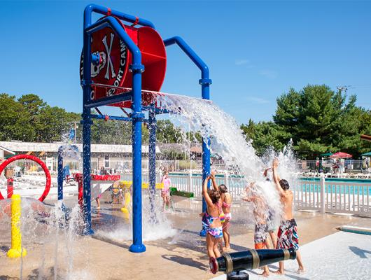 Family fun at the splash pad in Ocean View Resort